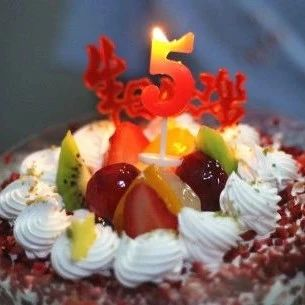 新年现金红包,惊喜巨型蛋糕,还有各种霸王餐…泰安王炸福利,必须参与!