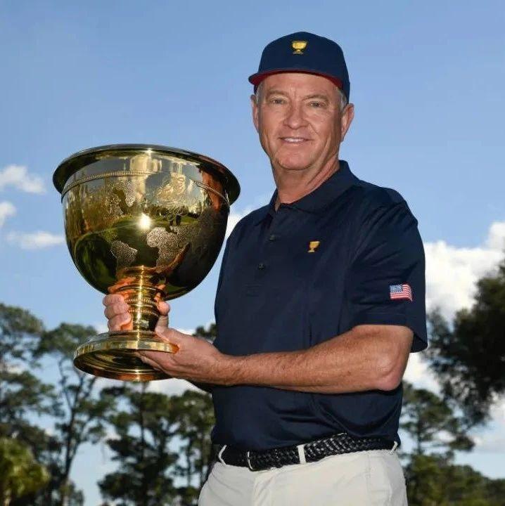 世界高尔夫名人堂成员戴维斯·拉夫三世被任命为2022年总统杯美国队队长