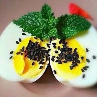 早晨吃鸡蛋对身体是好还是坏?万万没想到!不看会后悔