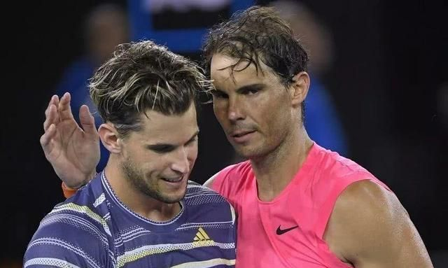 澳网表演赛29日开打,两场对决引人关注,小威自曝大满贯奖杯送人