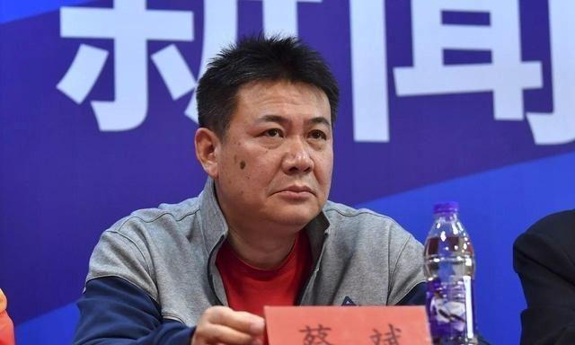 天津女排奥运会后会有新主教练,应该是天津本土教练,不会是蔡斌