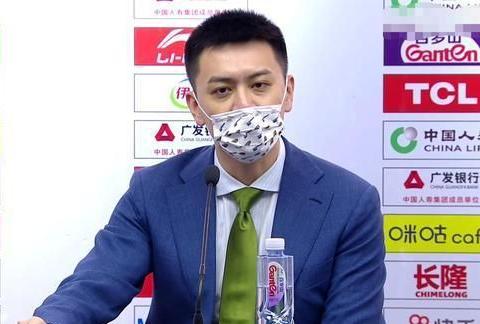 辽宁胜深圳,杨鸣:继伟是球队大脑,艾伦职业生涯会很完美