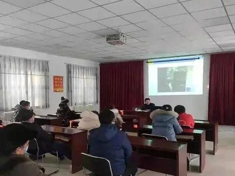 精河县消防救援大队深入社区开展消防安全知识培训