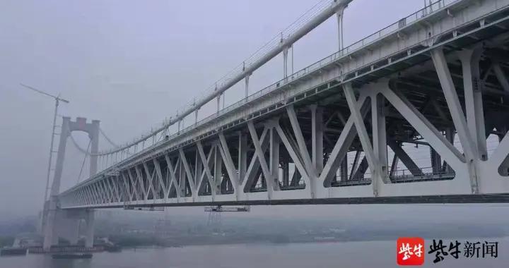 五峰山长江大桥实现5G网络全覆盖