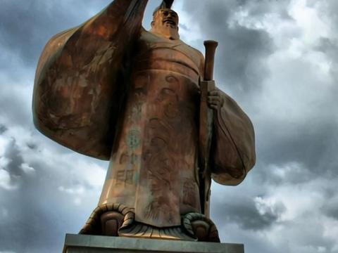 资治通鉴:赵信叛逃,苏建弃军而回,卫青为何不直接斩了他?