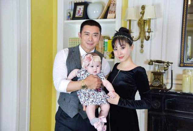 参观樊少皇和贾晓晨的家:全屋都是西式家具