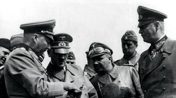 二战斯大林格勒战役,为何曼施坦因指挥也于事无补?与能力无关