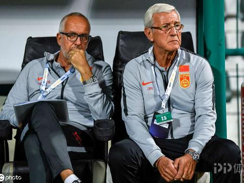 前国足助教马达洛尼:国足水平低因联赛强度低 卡纳瓦罗会离开的