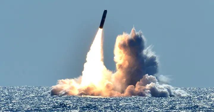 美俄延长新削减战略武器条约,对中国有何影响?胡锡进:一个机会