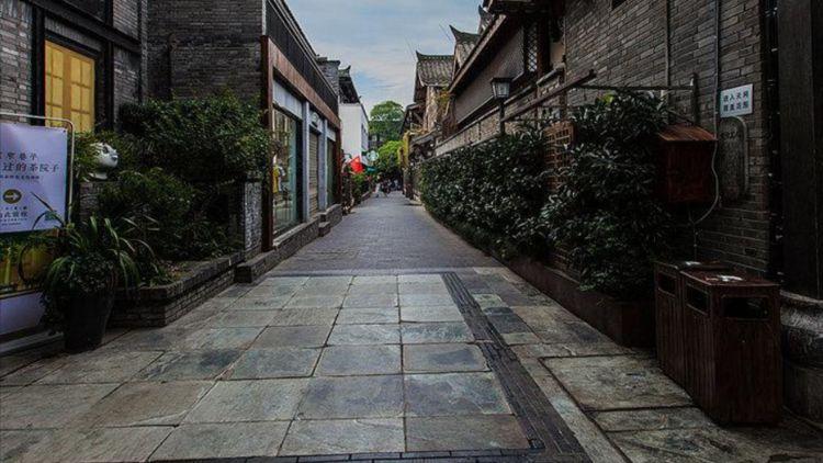 """成都""""旅游地标"""",是历史文化""""商业街"""",就地过年的朋友值得去图2"""