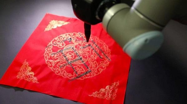 """天津大学两位95后同学用脑电波写出""""福""""字 这项技术还将为哪些领域添""""福""""?"""