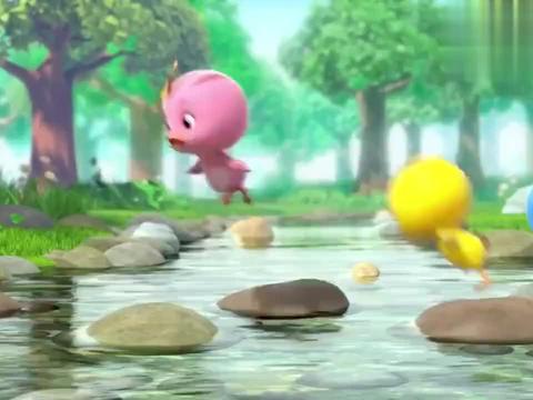 萌鸡小队:小鼠跑的真快,可以背动比自己大的食物,真是不简单