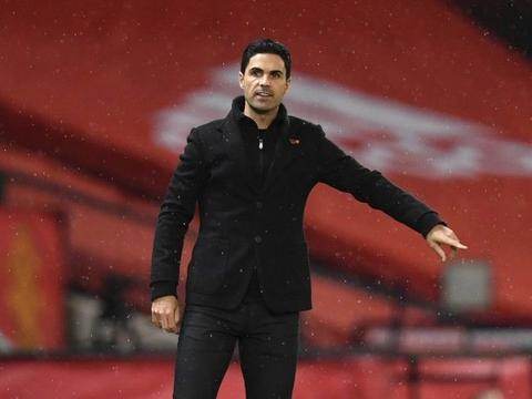 圣诞节阿森纳落后利物浦17分,目前两队仅差6分