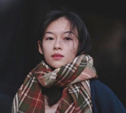 越南模特似翻版章子怡,气质美貌如双胞胎,关键是身材也迷人图2