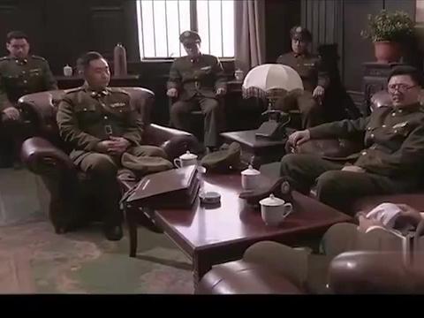 解放:卫立煌刚部署好,下秒一封林帅打四平的电报,吓坏卫立煌