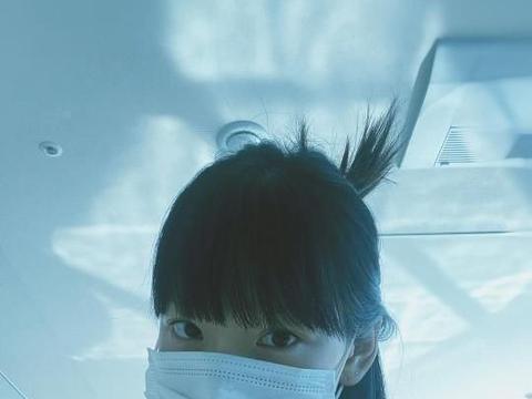 少女时代金泰妍,用口罩遮住的小脸,美丽满级的造型