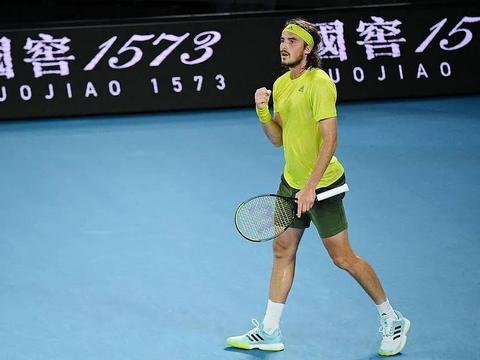 梅德韦杰夫将在澳大利亚网球公开赛上与斯蒂法诺斯·齐西帕斯对决