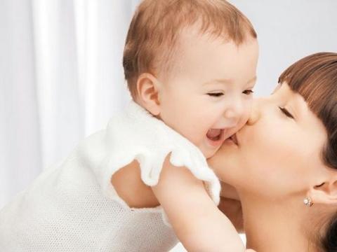 """拥有无懈可击的""""婴儿肌""""妈妈这样做更重要【儿童型杏璞霜】"""