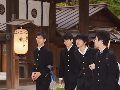 日本学生的制服不只是水手服?服饰各异,这个地方的裙子最短