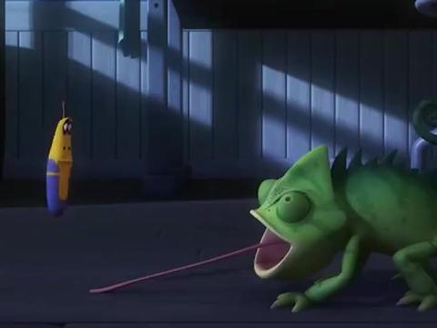 爆笑虫子:小黄成蜘蛛侠, 解救了被困的小红