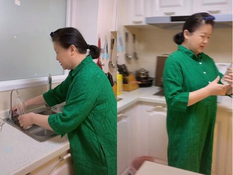老戏骨杜宁林晒近况,家中墙面仅刷白杂物摊一桌,64岁现仍单身