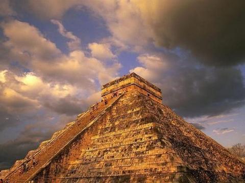 突然消失的玛雅人究竟去了哪里?也许答案就在这个洞中!