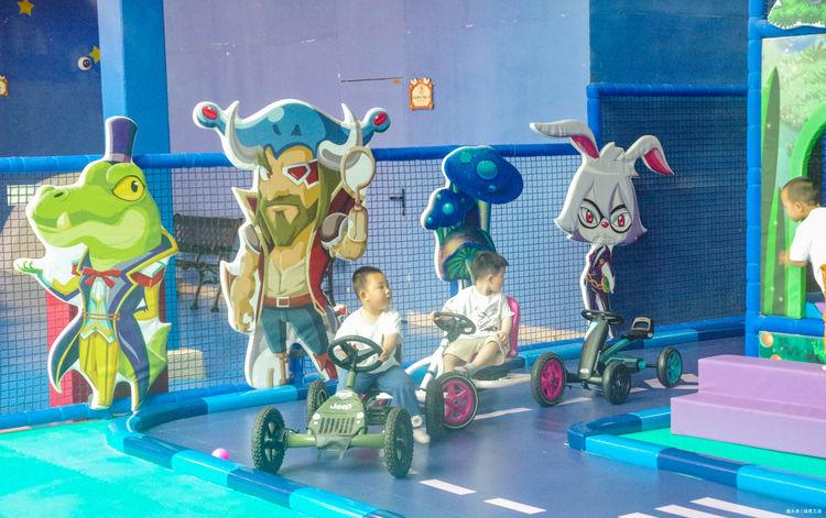 上海有座蓝精灵乐园,大人孩子都喜欢,交通方便,适合周末亲子游