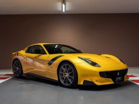 F1车手维特尔出售8台收藏跑车