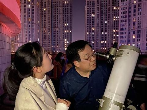 """""""星空皓月,斗转星移""""——常州一中举行天文观测活动"""