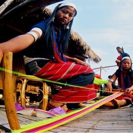 """探秘阿佤文化""""活化石"""" 藏在普洱的原始村落——永老寨"""