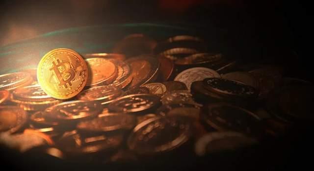 比特币价格昨晚一度跌破5万美元 24小时爆仓超19亿美元