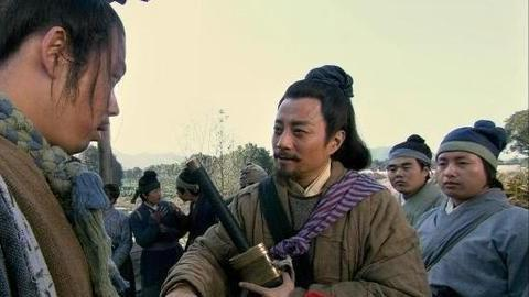 宋江只是1县衙小吏,刺配本该是苦差事,为何被他过得像旅游一样
