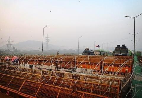 印度在新德里修建工事:不是我军要打上门,只为防备农民军再进城