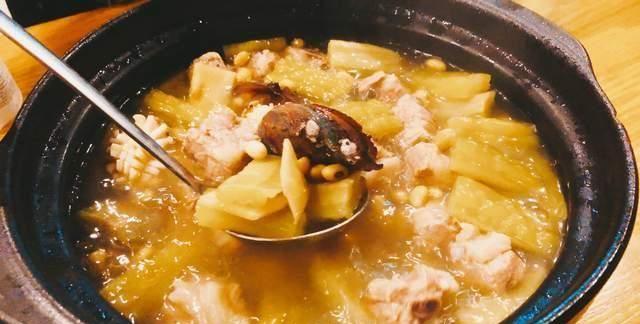 武汉探店:山溪美人鱼与好味烧鸡,一家低调的粤菜馆子顺意食坊