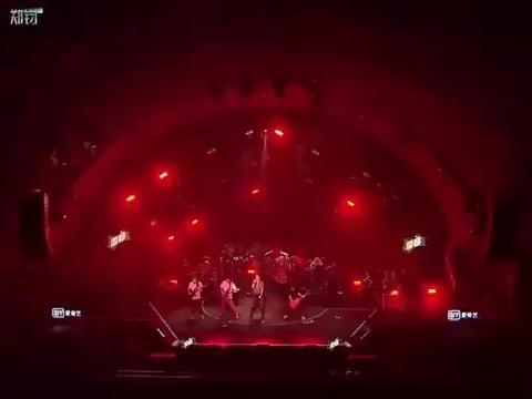 综艺:郑钧创作能力!演唱完后,全场只剩惊叹!