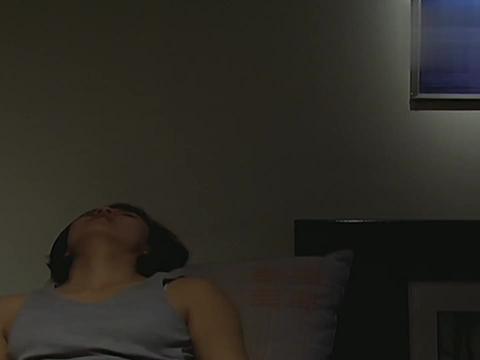 迪迦奥特曼:丽娜打算睡觉了,可笑声又出现了,她家里还有其他人