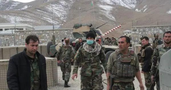 塔利班警告美国,不要推迟从阿富汗撤军 专家:美军面临是走是留的两难抉择