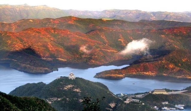 罕为人知的黄河三峡:内藏千年石窟,比莫高窟更加悠久!