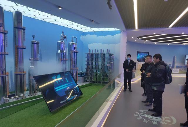 郑州市科协检查验收金水区科普教育基地工作