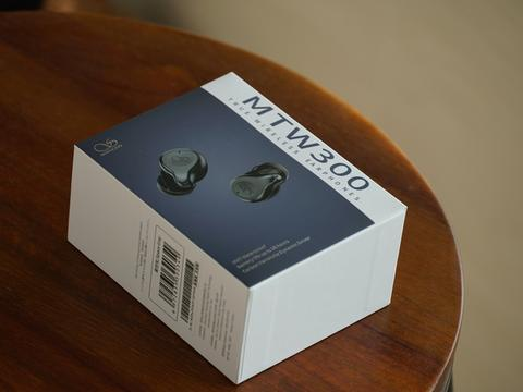 压手感 IPX7级防水 碳纳米管振膜 山灵MTW300评测