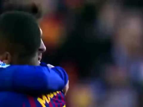 梅西又让世人大开眼界了,任意球他还能这么踢