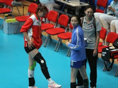 中国女排最佳二传曾两度退役,郎平坚持挽留,三战奥运做隐形奇兵