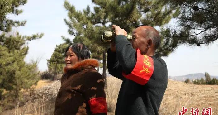 山西上党七旬夫妻以山为家护林十年:为乡亲们守好这片绿