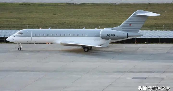 土耳其飞行员帮助前日产老板卡洛斯·戈恩逃出日本被判入狱4年