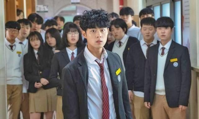 韩国娱乐圈校园欺凌丑闻:赵炳奎又被翻旧账,多名人气偶像受影响