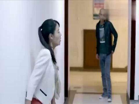影视:小媛被高利贷公司逼债,来到周家向他们求助