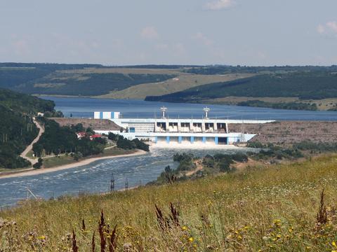 与亲俄民兵仗还没先打,乌克兰管摩尔多瓦要水电站