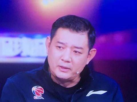 """小丁回怼巩晓彬引热议 球迷:李霄鹏格德斯的""""将相和""""不香吗"""