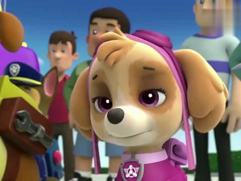 汪汪队:毛毛表现优异,市长颁给他奖杯,说他是最棒的消防犬
