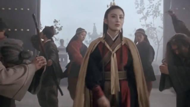 前方高能~ 攻气十足的女演员出场片段对比~……